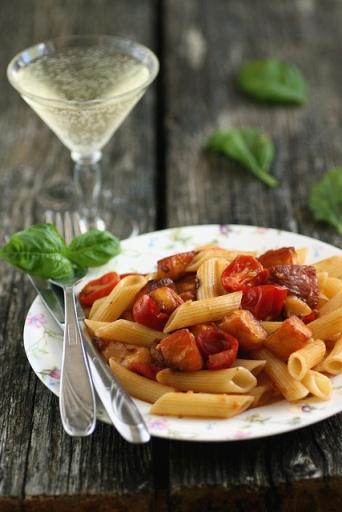 Penne tomati ja halloumi juustuga