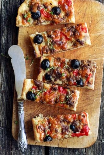 Hakklihapirukas paprika ja oliividega