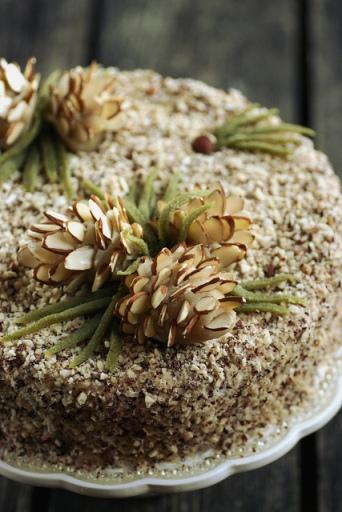 Muraka-pähklitort